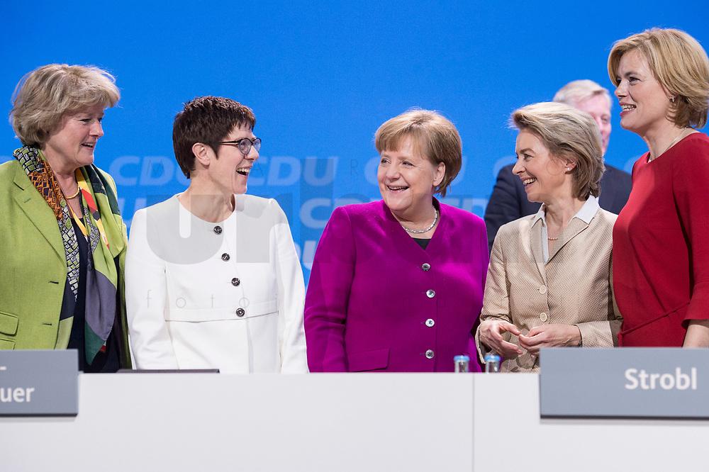 26 FEB 2018, BERLIN/GERMANY:<br /> Monika Gruetters, CDU, Staatsministerin im Bundeskanzleramt, Annegret Kramp-Karrenbauer, CDU, desig. Generalsekretaerin, Angela Merkel, CDU, Bundeskanzlerin, Ursula von der Leyen, CDU, Bundesverteidigungsministerin, und Julia Kloeckner, CDU Landesvorsitzende Rheinland-Pfalz, (v.L.n.R.), CDU Bundesparteitag, Station Berlin<br /> IMAGE: 20180226-01-159<br /> KEYWORDS: Party Congress, Parteitag, Monika Grütters, Julia Klöckner