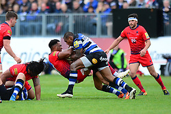 Christian Scotland-Williamson of Worcester Warriors is challenged by Semesa Rokoduguni of Bath Rugby - Mandatory by-line: Dougie Allward/JMP - 07/10/2017 - RUGBY - Recreation Ground - Bath, England - Bath Rugby v Worcester Warriors - Aviva Premiership
