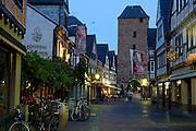 Eifel, Ahrtal bei Bonn..Altstadt von Ahrweiler bei Dämmerung
