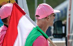 26.05.2017, Piancavallo, ITA, Giro d Italia 2017, 19. Etappe, Innichen (San Candido) nach Piancavallo, im Bild ein fan mit der italienischen Flagge // fan with the Italian flag during the 19 th stage of the 100 th Giro d Italia cycling race from Innichen (San Candido) to Piancavallo, Italy on 2017/05/26. EXPA Pictures © 2017, PhotoCredit: EXPA / Martin Huber