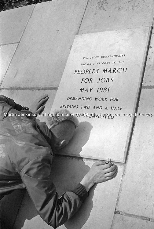 Peoples March for Jobs, Yorkshire and Liverpool to London. memorial plaque at County Hall 31/05/1981