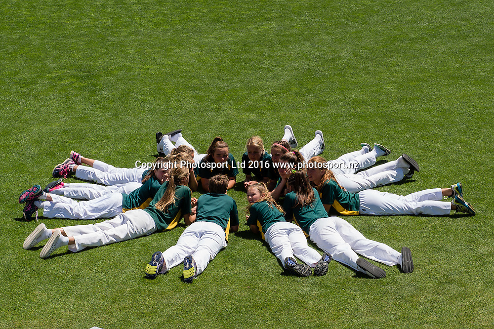 Winners, Heaton Intermediate School after  the National Cricket Primary School Shield, Bert Sutcliffe Oval, Lincoln, New Zealand, 26th November 2016. © Copyright Photo: John Davidson / www.photosport.nz