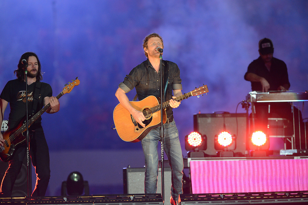 January 3, 2014: Country star Dierks Bentley performs during halftime of the NCAA football game between the Clemson Tigers and the Ohio State Buckeyes at the 2014 Orange Bowl in Miami Gardens, Florida. The Buckeyes led the Tigers 22-20 at the half.
