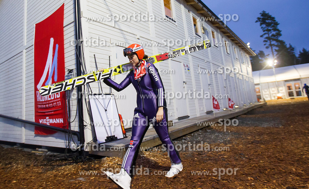 19.02.2015, Lugnet Ski Stadium, Falun, SWE, FIS Weltmeisterschaften Ski Nordisch, Skisprung, Damen, Qualifikation, im Bild Carina Vogt (GER) // Carina Vogt of Germany during the Qualification of Ladies Skijumping of the FIS Nordic Ski World Championships 2015 at the Lugnet Ski Stadium, Falun, Sweden on 2015/02/19. EXPA Pictures © 2015, PhotoCredit: EXPA/ JFK