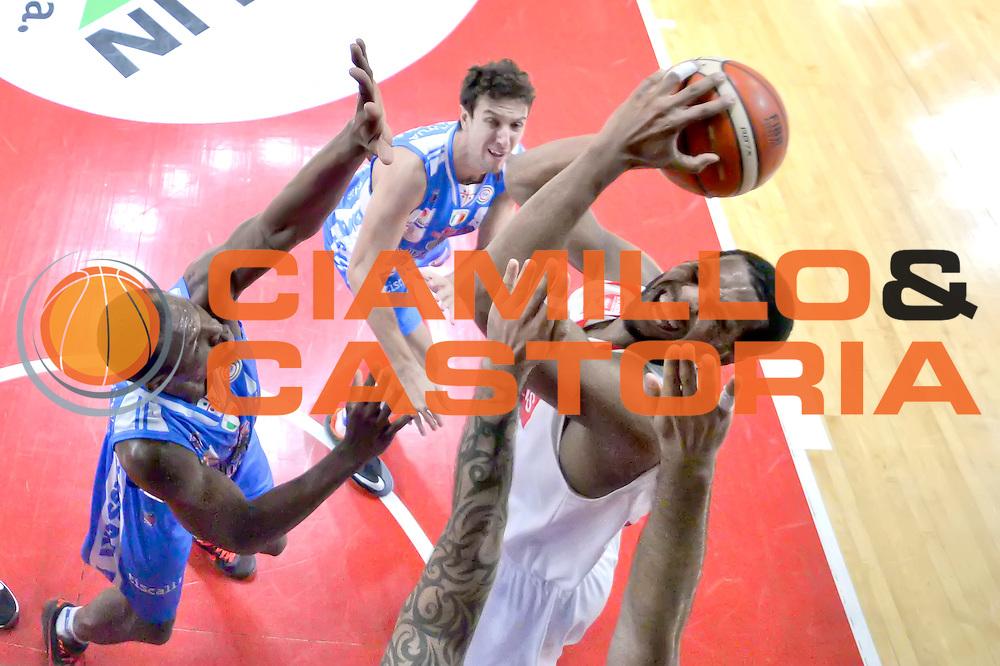 DESCRIZIONE : Varese, Lega A 2015-16 Openjobmetis Varese Dinamo Banco di Sardegna Sassari<br /> GIOCATORE : Brandon Davies<br /> CATEGORIA : Special<br /> SQUADRA : Openjobmetis Varese<br /> EVENTO : Campionato Lega A 2015-2016<br /> GARA : Openjobmetis Varese vs Dinamo Banco di Sardegna Sassari<br /> DATA : 26/10/2015<br /> SPORT : Pallacanestro <br /> AUTORE : Agenzia Ciamillo-Castoria/I.Mancini<br /> Galleria : Lega Basket A 2015-2016 <br /> Fotonotizia : Varese  Lega A 2015-16 Openjobmetis Varese Dinamo Banco di Sardegna Sassari<br /> Predefinita :