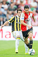 ROTTERDAM - Feyenoord - Vitesse , Voetbal , Seizoen 2015/2016 , Eredivisie , De Kuip , 23-08-2015 , Speler van Feyenoord Marko Vejinovic (r) in duel met Vitesse speler Valeri Qazaishvili (l)