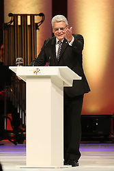 03.10.2015, Frankfurt am Main, GER, Tag der Deutschen Einheit, im Bild Direkter Dank von Bundespraesident, Bundespräsident Joachim Gauck bei seiner Rede beim Festakt in der Alten Oper Frankfurt // during the celebrations of the 25 th anniversary of German Unity Day in Frankfurt am Main, Germany on 2015/10/03. EXPA Pictures © 2015, PhotoCredit: EXPA/ Eibner-Pressefoto/ Roskaritz<br /> <br /> *****ATTENTION - OUT of GER*****
