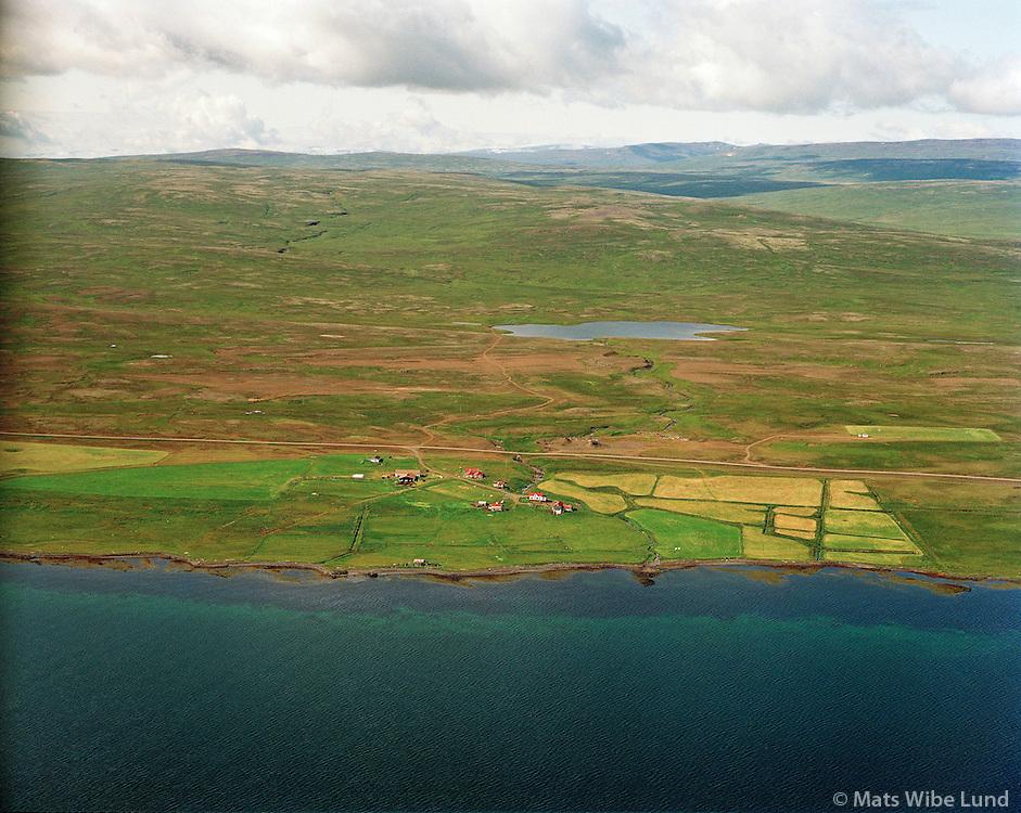 Kollsá séð til vesturs. Húnaþing vestra áður  Bæjarhreppur. /  Farm Kollsa viewing west. Hunathing vestra former Baejarhreppur.