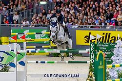 SMOLDERS Harrie (NED), Une de l'Othain<br /> Genf - CHI Geneve Rolex Grand Slam 2019<br /> Rolex Grand Prix<br /> Internationale Springprüfung mit Stechen<br /> International Jumping Competition 1m60<br /> Grand Prix Against the Clock with Jump-Off<br /> 15. Dezember 2019<br /> © www.sportfotos-lafrentz.de/Stefan Lafrentz