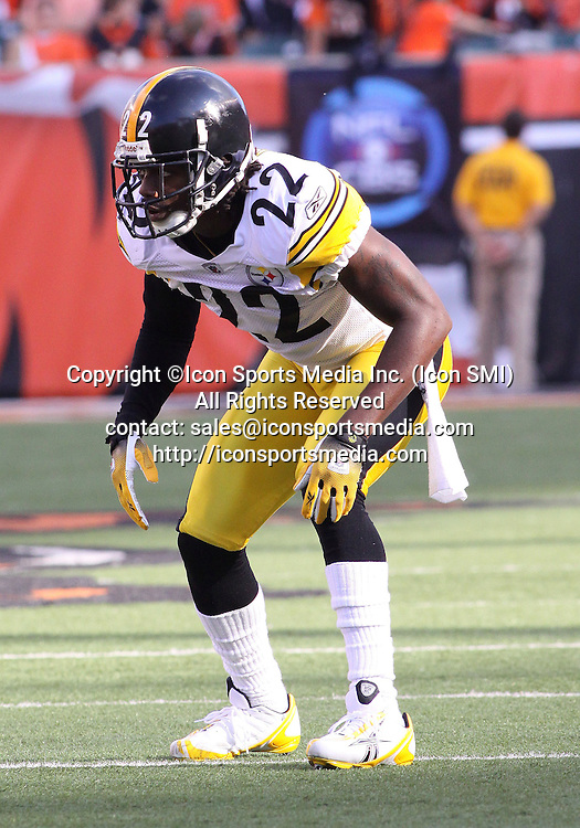 September 27 2009: WR Limas Sweed (14) of the Pittsburgh Steelers pleads his case for a Touchdown in the end-zone during the game against the Cincinnati Bengals at Paul Brown Stadium in Cincinnati, OH.