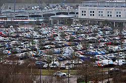 &copy; Licensed to London News Pictures.22/12/2017.<br /> Greenhithe, UK.<br /> The car parks are already filling up at Bluewater this morning 10am as Christmas shoppers make an early start.<br /> Frantic Friday Christmas shopping at Bluewater,Kent.<br /> Photo credit: Grant Falvey/LNP