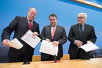 """15 MAY 2012, BERLIN/GERMANY:<br /> Peer Steinbrueck (L), SPD, Bundesminister a.D., Sigmar Gabriel (M), SPD Parteivorsitzender, Frank-Walter Steinmeier (R), SPD Fraktionsvorsitzender, mit Ihrem gemeinsamen Papier, nach der Pressekonferenz zum Thema """" Der Weg aus der Krise – Wachstum und Beschäftigung in Europa"""", Bundespressekonferenz<br /> IMAGE: 20120515-01-061<br /> KEYWORDS: Peer Steinbrück"""