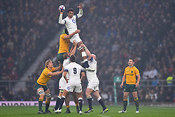 November 18, 2017 - London, England, United Kingdom - England's Courtney Lawes takes the line out catch during Old Mutual Wealth Series between England against Argentina at Twickenham stadium , London on 11 Nov 2017  (Credit Image: © Kieran Galvin/NurPhoto via ZUMA Press)