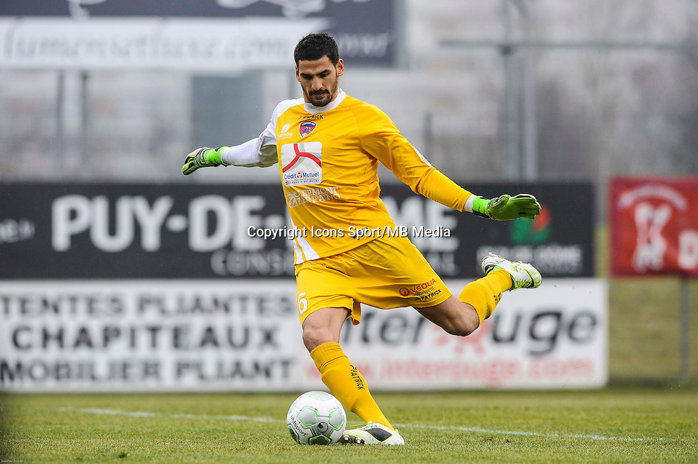 Mehdi JEANNIN - 24.01.2015 - Clermont / Chateauroux  - 21eme journee de Ligue2<br />Photo : Jean Paul Thomas / Icon Sport