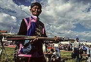 Mongolia. dalanzadgad  , Gobi desert. Kidís horse race;    /  dalanzadgad , capitale du desert de Gobi líarrivee de la course du Naadam  /51     /  P0000571