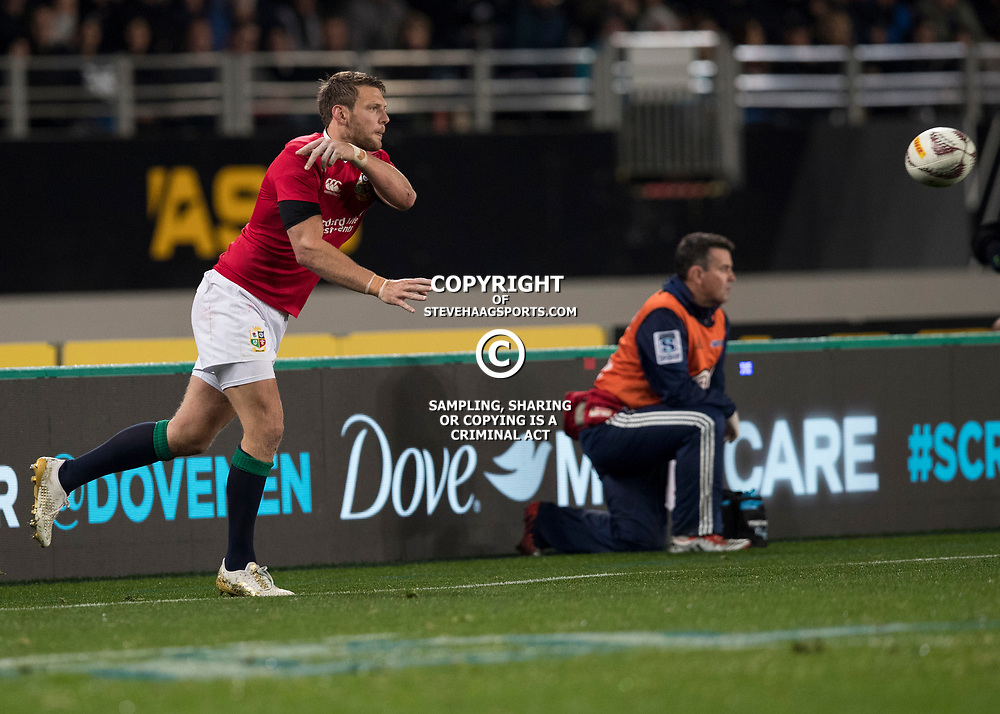 Dan Biggar, Eden Park, Auckland game 2 of the British and Irish Lions 2017 Tour of New Zealand,The match between the Auckland Blues and British and Irish Lions, Wednesday 7th June 2017   <br /> <br /> (Photo by Kevin Booth Steve Haag Sports)<br /> <br /> Images for social media must have consent from Steve Haag