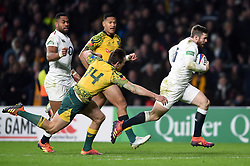 Elliot Daly of England runs in a try in the second half - Mandatory byline: Patrick Khachfe/JMP - 07966 386802 - 24/11/2018 - RUGBY UNION - Twickenham Stadium - London, England - England v Australia - Quilter International