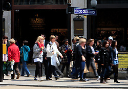 UK ENGLAND LONDON 14MAY10 - Shoppers crowd Oxford Street in central London. Oxford Street is a major thoroughfare in the City of Westminster in London, England. There are 548 shops in Oxford Street; it is Europe's busiest shopping street, as well as the most dense...jre/Photo by Jiri Rezac..© Jiri Rezac 2010