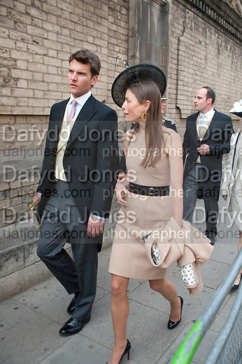 GUESTS LEAVING THE RECEPTION, The Royal Wedding of Prince William and  Catherine Middleton. Scenes around Buckingham Palace and the Mall.   London. 29 April 2011. , -DO NOT ARCHIVE-© Copyright Photograph by Dafydd Jones. 248 Clapham Rd. London SW9 0PZ. Tel 0207 820 0771. www.dafjones.com.