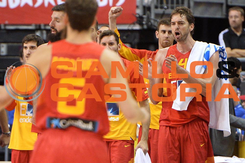 DESCRIZIONE : Berlino Berlin Eurobasket 2015 Group B Spain Iceland<br /> GIOCATORE : Pau Gasol<br /> CATEGORIA : Esultanza<br /> SQUADRA : Spain<br /> EVENTO : Eurobasket 2015 Group B <br /> GARA : Spain Iceland<br /> DATA : 09/09/2015 <br /> SPORT : Pallacanestro <br /> AUTORE : Agenzia Ciamillo-Castoria/Mancini Ivan<br /> Galleria : Eurobasket 2015 <br /> Fotonotizia : Berlino Berlin Eurobasket 2015 Group B Spain Iceland