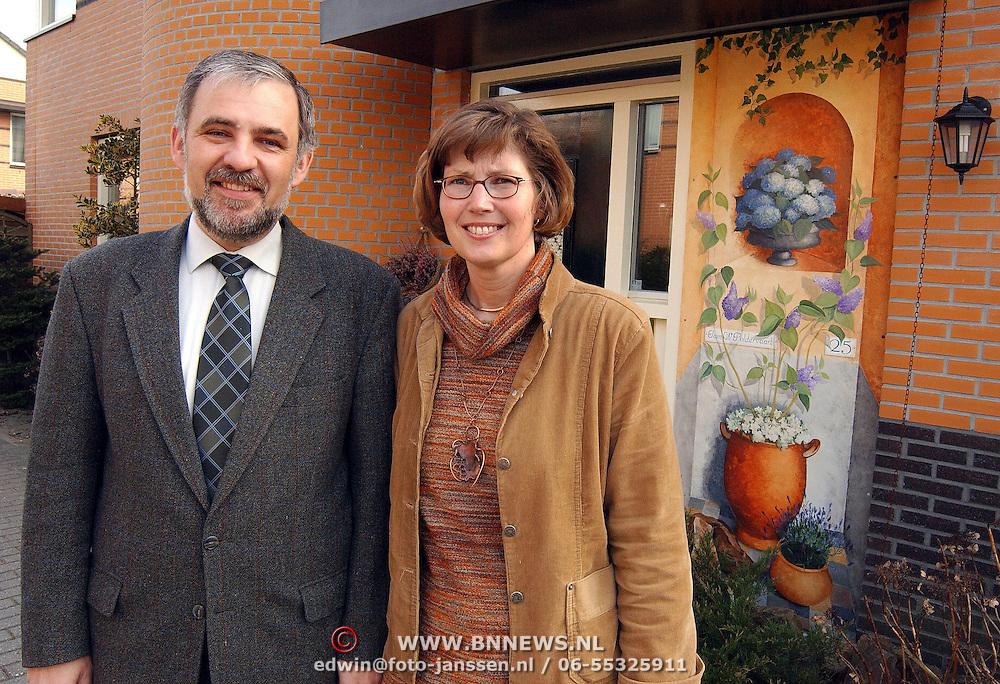 Wim Poldervaart en vrouw Studiostraat 25 Huizen