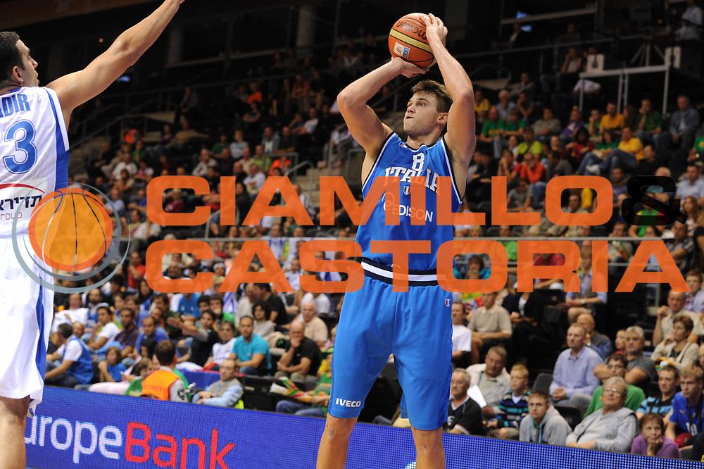 DESCRIZIONE : Siauliai Lithuania Lituania Eurobasket Men 2011 Preliminary Round Italia Israel Italy Israele<br /> GIOCATORE : Danilo Gallinari<br /> SQUADRA : Italia Italy<br /> EVENTO : Eurobasket Men 2011<br /> GARA : Italia Israele Italy Israel<br /> DATA : 05/09/2011 <br /> CATEGORIA : tiro<br /> SPORT : Pallacanestro <br /> AUTORE : Agenzia Ciamillo-Castoria/GiulioCiamillo<br /> Galleria : Eurobasket Men 2011 <br /> Fotonotizia : Siauliai Lithuania Lituania Eurobasket Men 2011 Preliminary Round Italia Israel Italy Israele<br /> Predefinita :