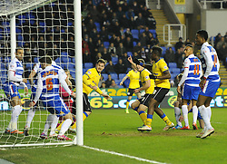 Wigan Athletic's Jason Pearce scores against Reading in their Sky Bet Championship clash at the Madejski Stadium - Photo mandatory by-line: Paul Knight/JMP - Mobile: 07966 386802 - 17/02/2015 - SPORT - Football - Reading - Madejski Stadium - Reading v Wigan Athletic - Sky Bet Championship