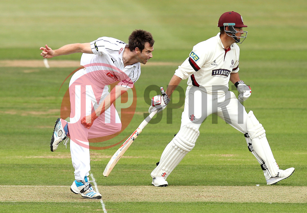 Hampshire's James Tomlinson - Photo mandatory by-line: Robbie Stephenson/JMP - Mobile: 07966 386802 - 21/06/2015 - SPORT - Cricket - Southampton - The Ageas Bowl - Hampshire v Somerset - County Championship Division One