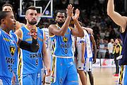 DESCRIZIONE : Beko Legabasket Serie A 2015- 2016 Dinamo Banco di Sardegna Sassari -Vanoli Cremona<br /> GIOCATORE : James Southerland<br /> CATEGORIA : Ritratto Delusione Postgame<br /> SQUADRA : Vanoli Cremona<br /> EVENTO : Beko Legabasket Serie A 2015-2016<br /> GARA : Dinamo Banco di Sardegna Sassari - Vanoli Cremona<br /> DATA : 04/10/2015<br /> SPORT : Pallacanestro <br /> AUTORE : Agenzia Ciamillo-Castoria/C.Atzori