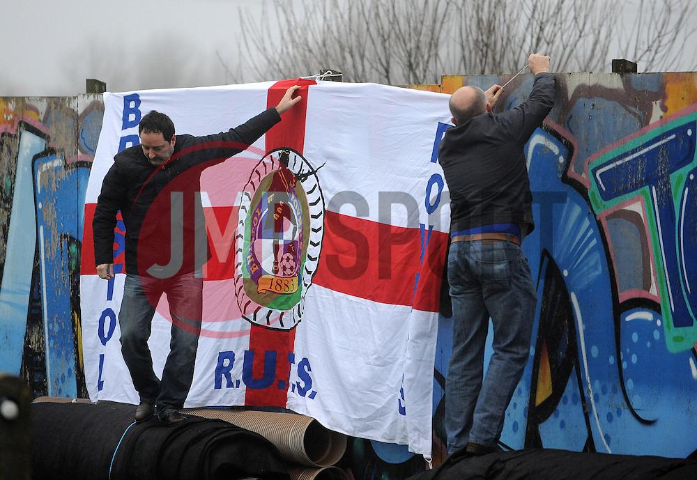 Flag - Photo mandatory by-line: Neil Brookman/JMP - Mobile: 07966 386802 - 04/01/2015 - SPORT - football - Nuneaton - James Parnell Stadium - Nuneaton Town v Bristol Rovers - Vanarama Conference