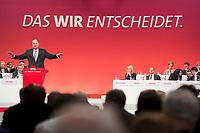 """14 APR 2013,AUGSBURG/GERMANY:<br /> Peer Steinbrueck, SPD Kanzlerkandidat, haelt eine Rede, im Hintergund das Motto des Parteitags: """"Das Wir entscheidet"""", a.o. SPD Bundesparteitag, Messe Augsburg<br /> IMGE: 20130414-01-251<br /> KEYWORDS: Parteitag, party congress, Peer Steinbrück"""