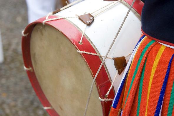FESTIVAL FOLCLORE DE SANTANA , TRAJE , MADEIRA , INSTRUMENTOS MUSICAISFOTO GREGORIO CUNHA