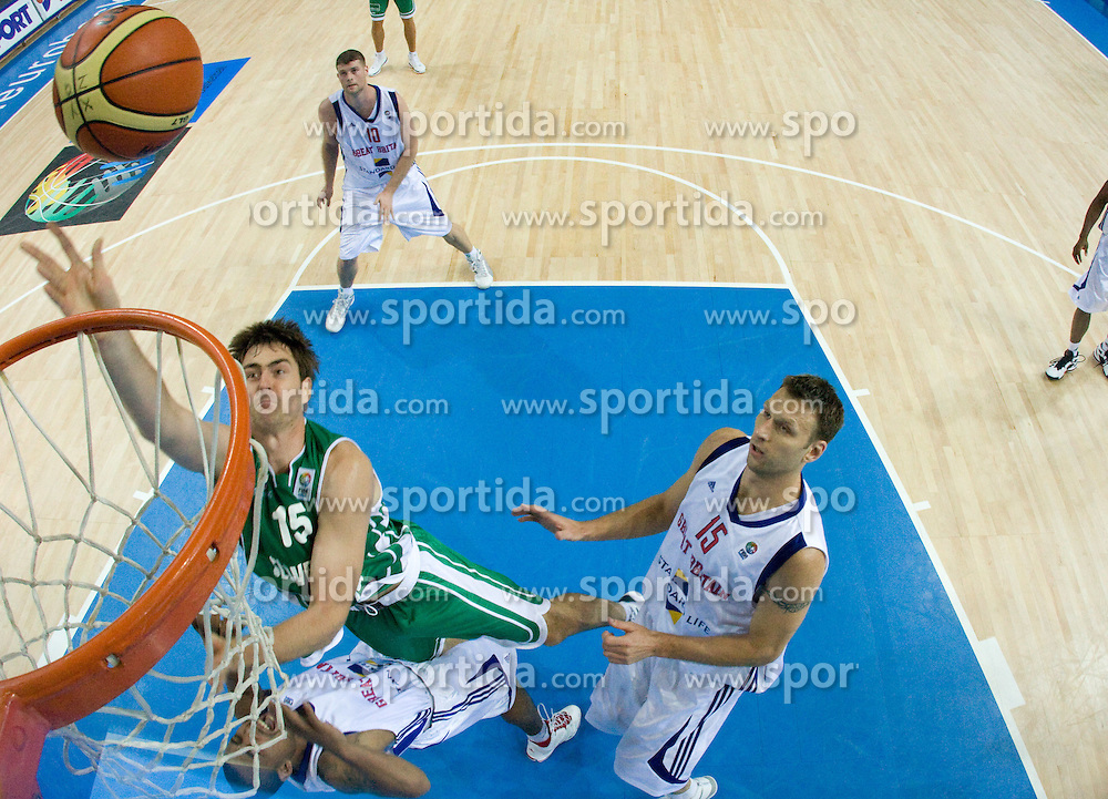 Erazem Lorbek (15) of Slovenia during the basketball match at 1st Round of Eurobasket 2009 in Group C between Slovenia and Great Britain, on September 07, 2009 in Arena Torwar, Warsaw, Poland. (Photo by Vid Ponikvar / Sportida)