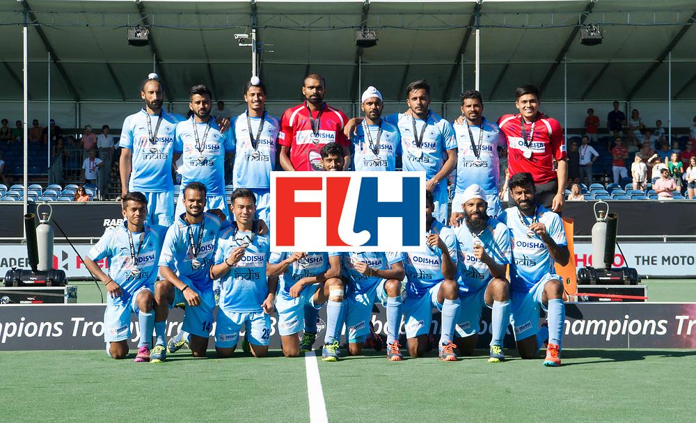 BREDA - Rabobank Hockey Champions Trophy<br /> Final Australia - India<br /> Australia won after shoot outs.<br /> Photo: Team picture India.<br /> COPYRIGHT WORLDSPORTPICS FRANK UIJLENBROEK