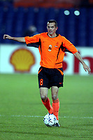 Fotball. Landskamp. Treningskamp. <br /> Nederland v Spania. 27.03.2002.<br /> Phillip Cocu.<br /> Foto: Stanley Gontha, Digitalsport