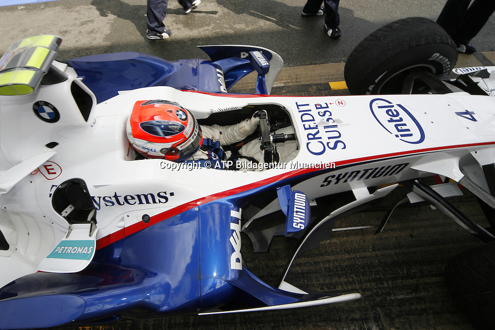 Robert KUBICA, Poland - Polen, BMW-Sauber F1 Team 2008  -<br />- Silverstone, Formel 1 - 05.07.2008, F1 GP von England in Silverstone - British GP - Foto: &copy; ATP Arthur THILL