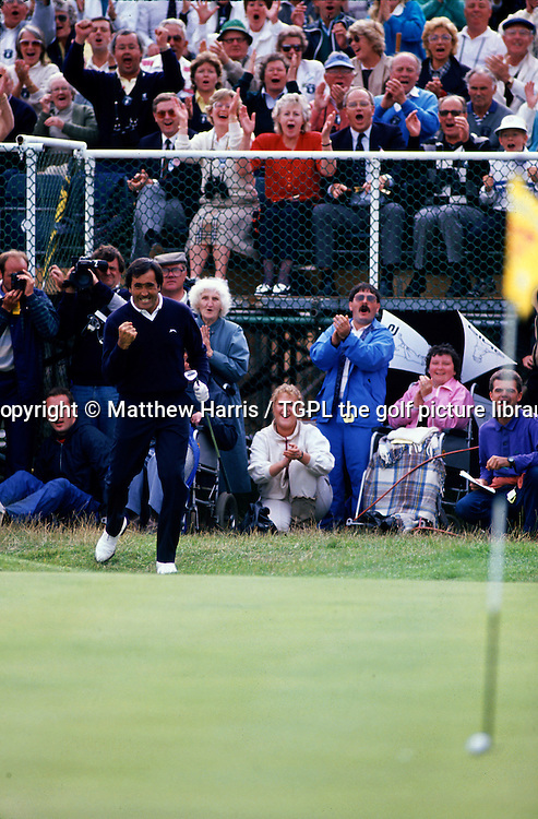 Seve BALLESTEROS (EPN) plays his 3rd shot chip to within inches of the hole to seal his 5th and final Major during fourth round Open Championship 1988,Royal Lytham St.Annes,Lytham St.Annes,Lancs,England.