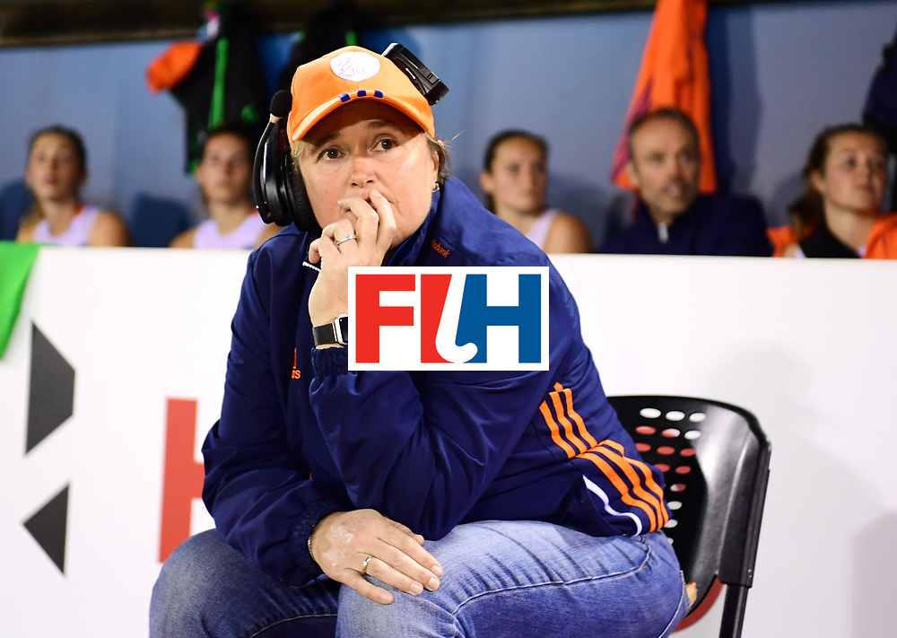 AUCKLAND - Sentinel Hockey World League final women<br /> Match id:10318<br /> 18 NED v KOR (Semi Final)<br /> Foto: Alyson ANNAN Head Coach <br /> WORLDSPORTPICS COPYRIGHT FRANK UIJLENBROEK