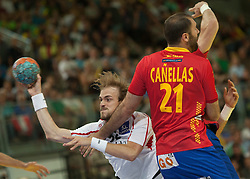 10.06.2015, Olympiahalle, Innsbruck, AUT, EHF Euro Qualifikation, Gruppe 7, Österreich vs Spanien, im Bild Gerald Zeiner (AUT, l) und Joan Canellas Reixach (ESP, r) // during the EHF Euro Qualifikation group 7 match between Austria and Spain at Olympiahalle, Innsbruck, Austria on 2015/06/10. EXPA Pictures © 2015, PhotoCredit: EXPA/ Jakob Gruber