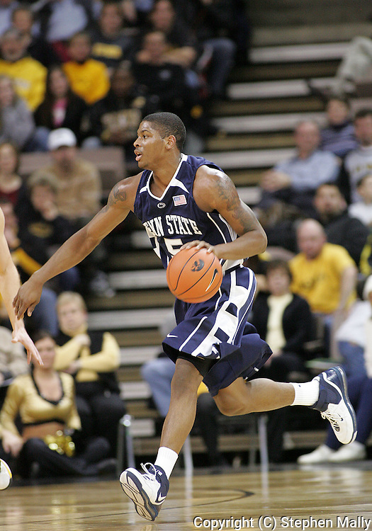 24 JANUARY 2007: Penn State guard/forward Geary Claxton (5) in Iowa's 79-63 win over Penn State at Carver-Hawkeye Arena in Iowa City, Iowa on January 24, 2007.