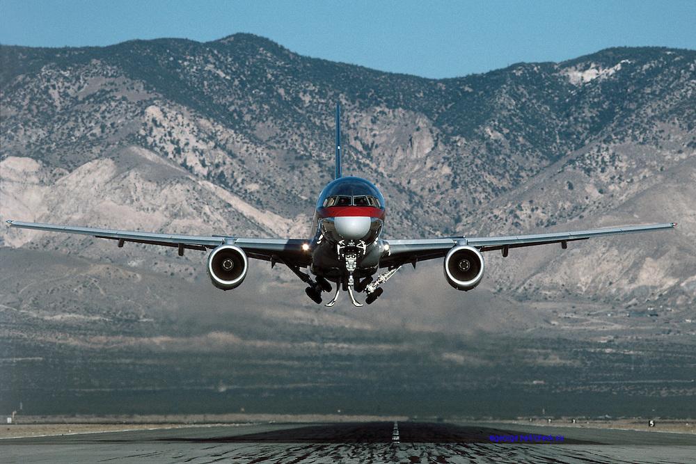 Boeing 757 takeoff Mojave CA USAir