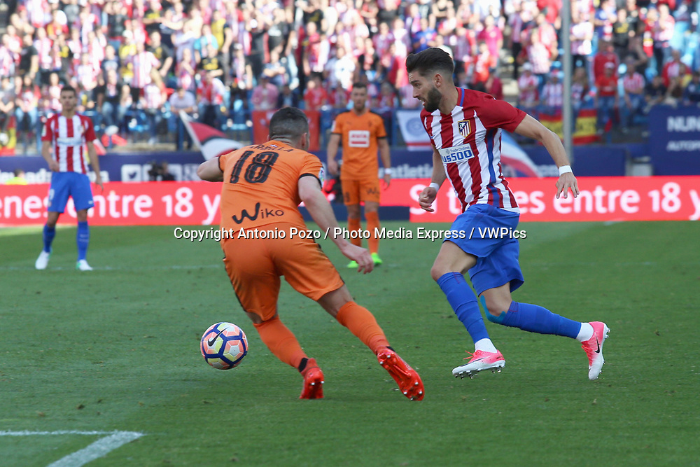 Madrid, May 6, 2017 - Carrasco with the ball against Arbilla. Atletico de Madrid defeated 1-0 Eibar with goal scored by Saul at 69th minute. La Liga Santander matchday 36 game, Vicente Calderon Stadium. Photo by Antonio Pozo | PHOTO MEDIA EXPRESS