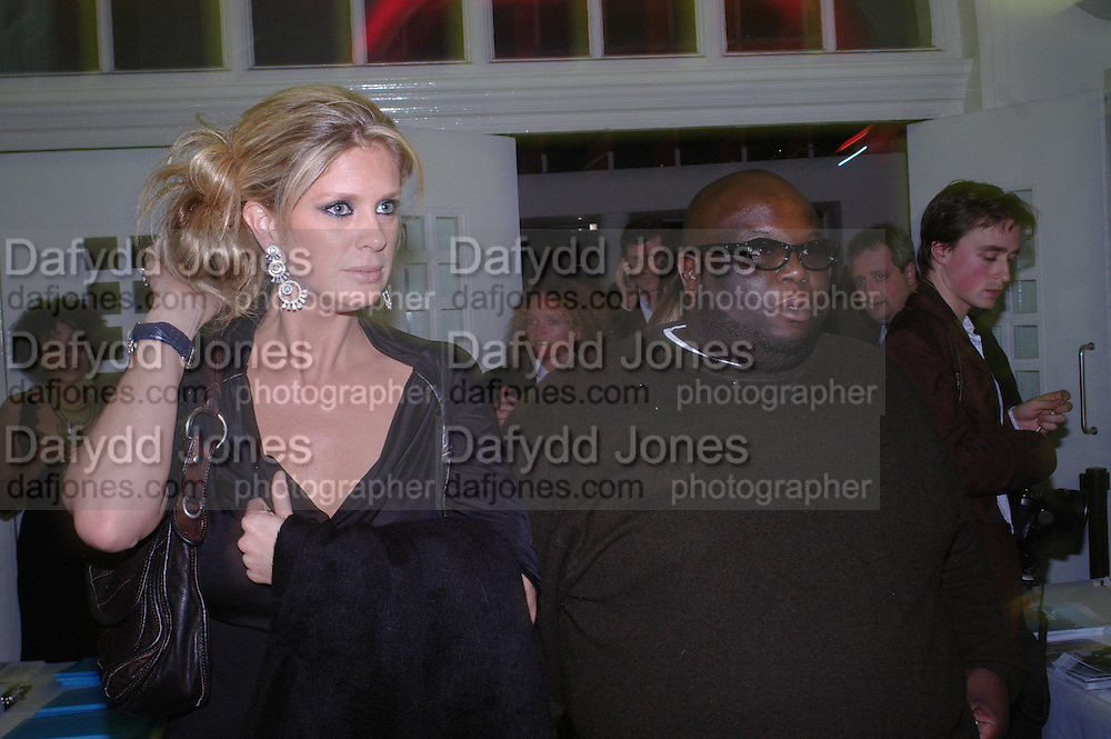 Rachel Hunter and Ade. Art Plus dance fundraising party. Whitechapel gallery. 21 March 2005. ONE TIME USE ONLY - DO NOT ARCHIVE  © Copyright Photograph by Dafydd Jones 66 Stockwell Park Rd. London SW9 0DA Tel 020 7733 0108 www.dafjones.com