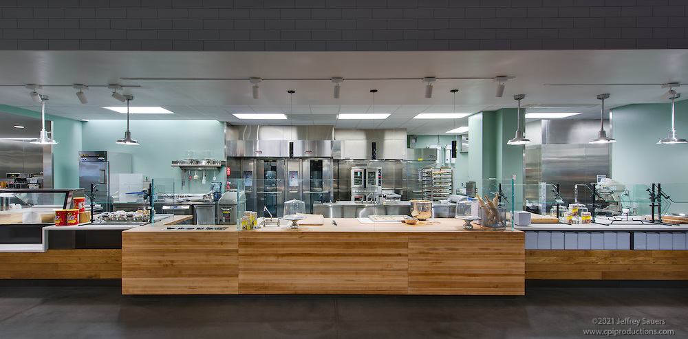 University Of Delaware Dining Hall Interior Image By Jeffrey Sauers Commercial Photographics Architectural Photo
