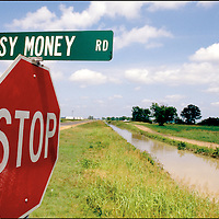 Easy Money Road is near Belzoni, and not far from the long gone community of Hard Cash.