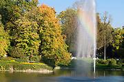 Kurpark, Weiher, Fontäne, Regenbogen, Wiesbaden, Hessen, Deutschland | spa gardens, pond, fountain, rainbow, Wiesbaden, Hesse, Germany