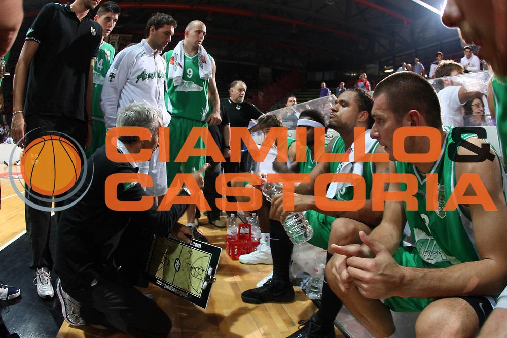 DESCRIZIONE : Caserta Lega A 2009-10 Basket Amichevole Trofeo Irtet Citta di Caserta Pepsi Caserta Air Avellino<br /> GIOCATORE : Team Air Avellino Cesare Pancotto<br /> SQUADRA : Air Avellino<br /> EVENTO : Campionato Lega A 2009-2010 <br /> GARA : Pepsi Caserta Air Avellino<br /> DATA : 26/09/2009<br /> CATEGORIA : ritratto<br /> SPORT : Pallacanestro <br /> AUTORE : Agenzia Ciamillo-Castoria/G.Ciamillo