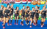IO DE JANEIRO -  warming up voor  de finale tussen de dames van Nederland en  Groot-Brittannie in het Olympic Hockey Center tijdens de Olympische Spelen in Rio. Naomi van As (Ned) Ellen Hoog (Ned) , Eva de Goede (Ned) , COPYRIGHT KOEN SUYK