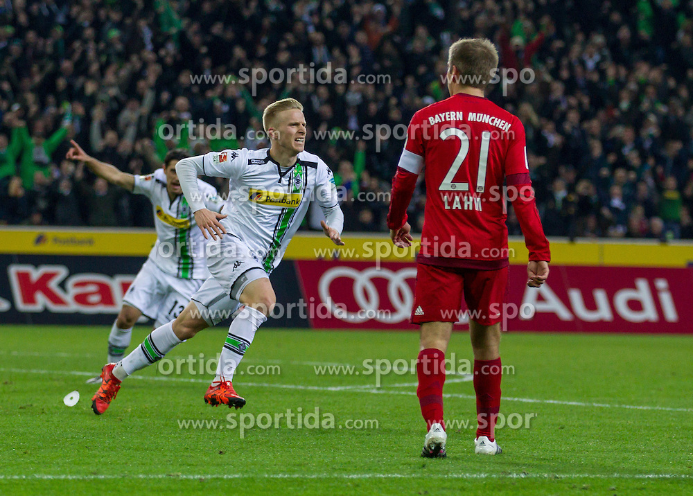 05.12.2015, Stadion im Borussia Park, Moenchengladbach, GER, 1. FBL, Borussia Moenchengladbach vs FC Bayern Muenchen, 15. Runde, im Bild Oscar Wendt (Borussia Moenchengladbach #17) beim Torjubel nach dem Treffer zum 1:0 // during the German Bundesliga 15th round match between Borussia Moenchengladbach and FC Bayern Muenchen at the Stadion im Borussia Park in Moenchengladbach, Germany on 2015/12/05. EXPA Pictures &copy; 2015, PhotoCredit: EXPA/ Eibner-Pressefoto/ Sch&uuml;ler<br /> <br /> *****ATTENTION - OUT of GER*****