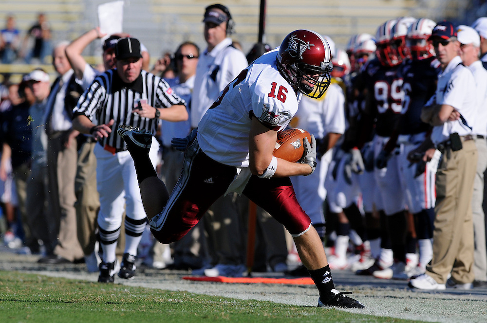 December 4, 2010: Jonathan Chandler of the Troy Trojans in action during the NCAA football game between Troy and the Florida Atlantic Owls. The Trojans defeated the Owls 44-7.